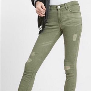 Distressed Green Cropped Pants